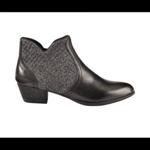 Ariat Astor Leather Ankle Boots
